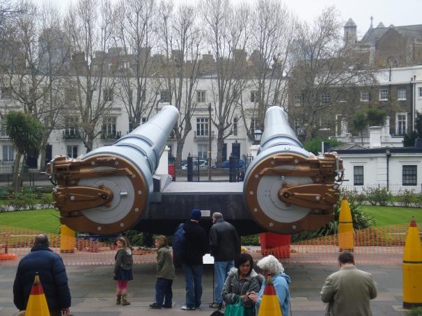 _15 inch guns.jpg