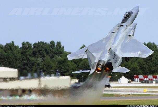 _F-15 takeoff.jpg