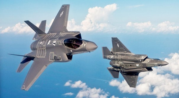 _F-35-double-break-820x450.jpg