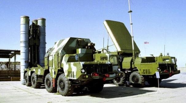 _ SA-10 S-300_Antey_2500_Missile_2.jpg