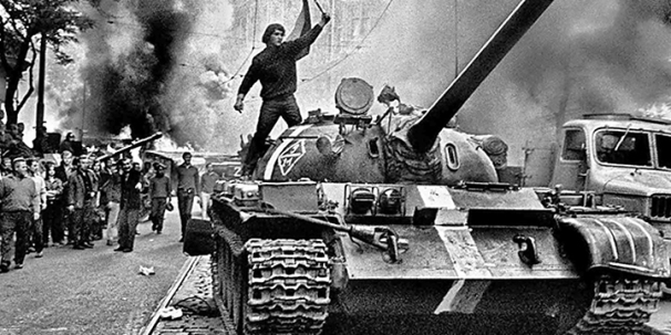 prague_spring_tank_street_battle-a-wide.jpg