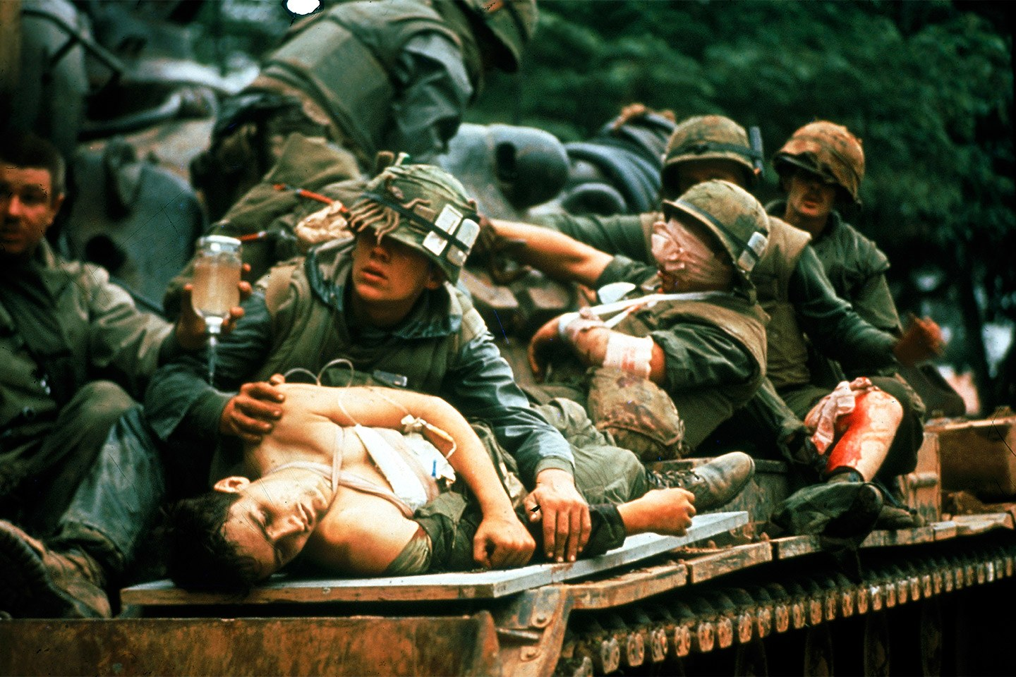 the-battle-of-hue-iconic-photograph.jpg