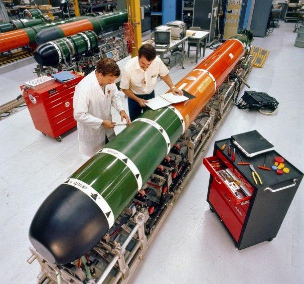 1280px-Mk_48_torpedo_maintenance_1982.jpeg